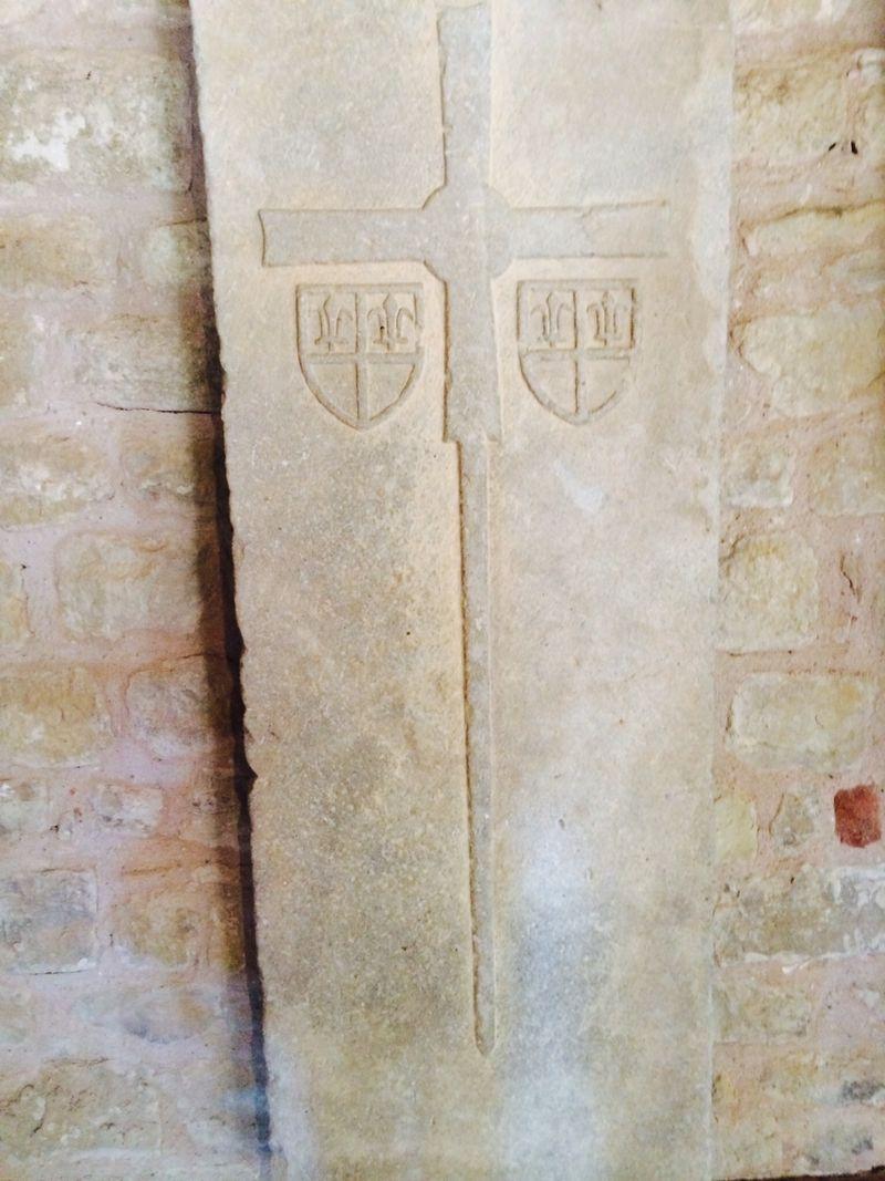 Carcasonne cross donjon